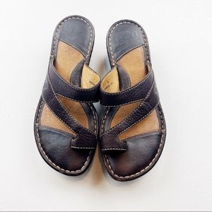 Born Leather Sandals with toe strap